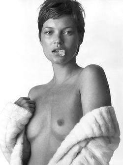 1912_kate_moss_12_nude