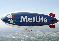 Metlife-blimp-052810