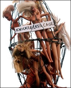 Knickerless cage 2