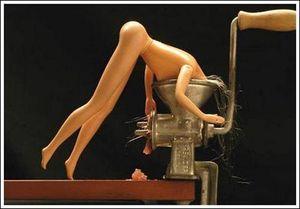 Suicide-barbie-3