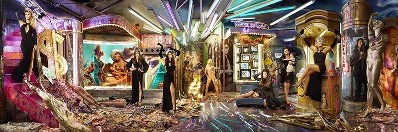 The-Kardashian-Christmas--001