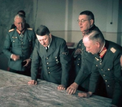 Hitler-and-Advice-Generals