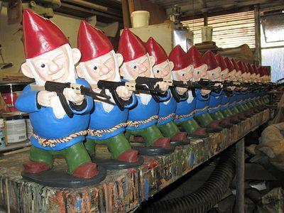 Combat-Garden-Gnomes-8