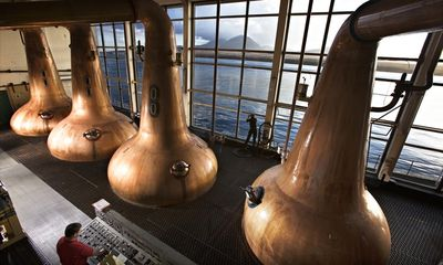 Caol-Ila-distillery-on-th-012