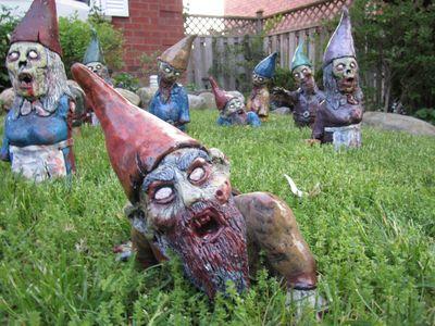Zombie-garden-gnomes