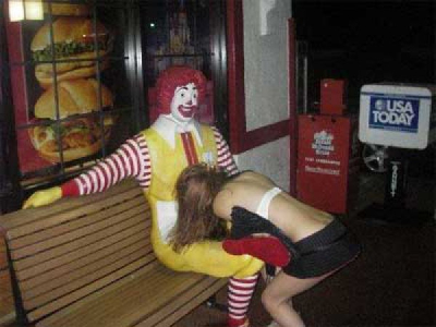 738dd7dc418f80d63194cc30f0575404-why-are-so-many-people-giving-ronald-mcdonald-blow-jobs
