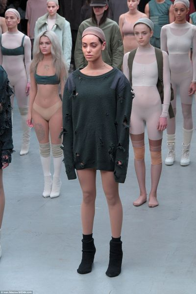 25A0791300000578-2951996-Different_shapes_and_sizes_Kanye_has_been_praised_for_using_mode-a-12_1423828330921