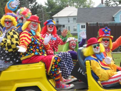 A-clown-car-1-1024x768