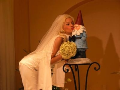 Hollymadisonmarriesgnome