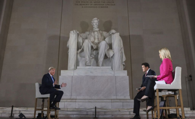 Trump-lincoln-memorial