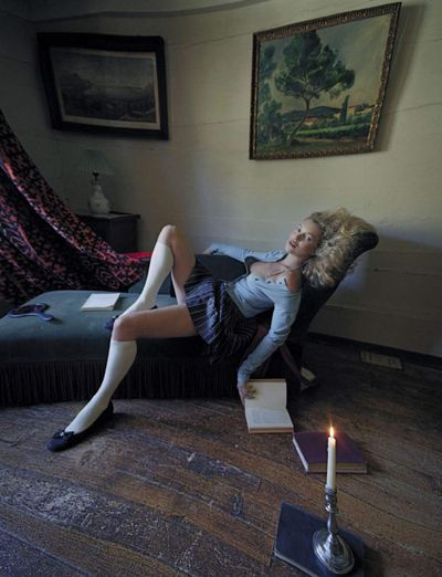 Kate-moss-by-tim-walker-for-vogue-italia-september-2015-8