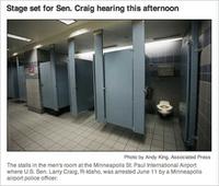 Larry_craig_toilet