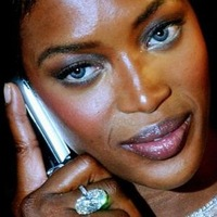 Naomi_campbell_cell_phone